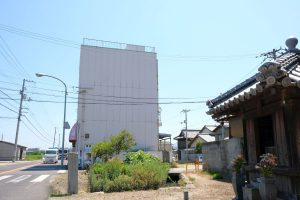 第77番道隆寺東の標石 遍路道分岐地点