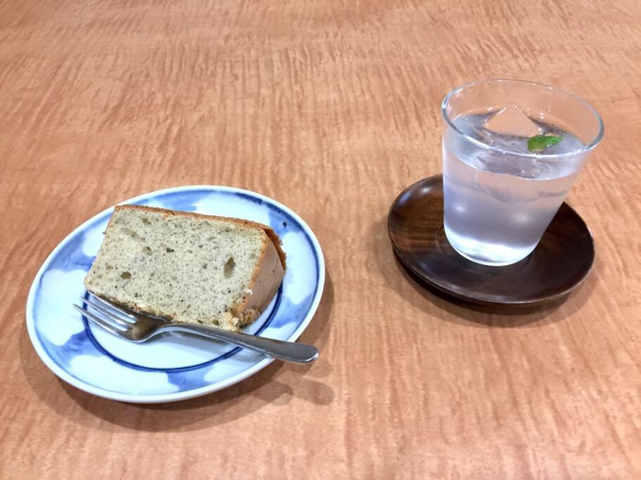 鱗楼 レモンシロップとシフォンケーキ