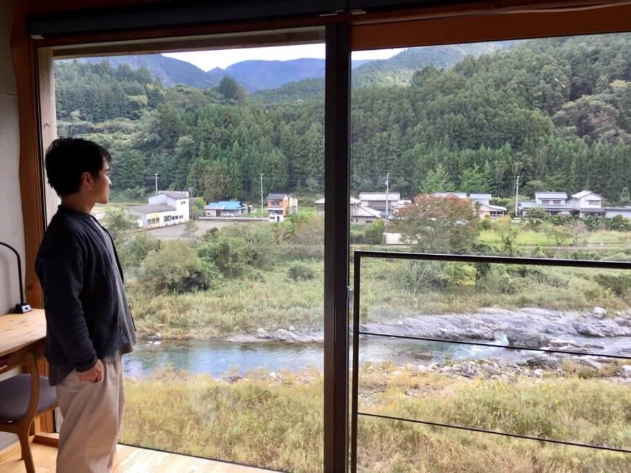 WEEK神山 神先さんと部屋