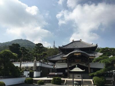 郷照寺 本堂