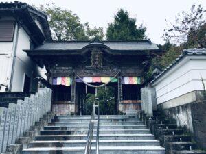 37番岩本寺山門